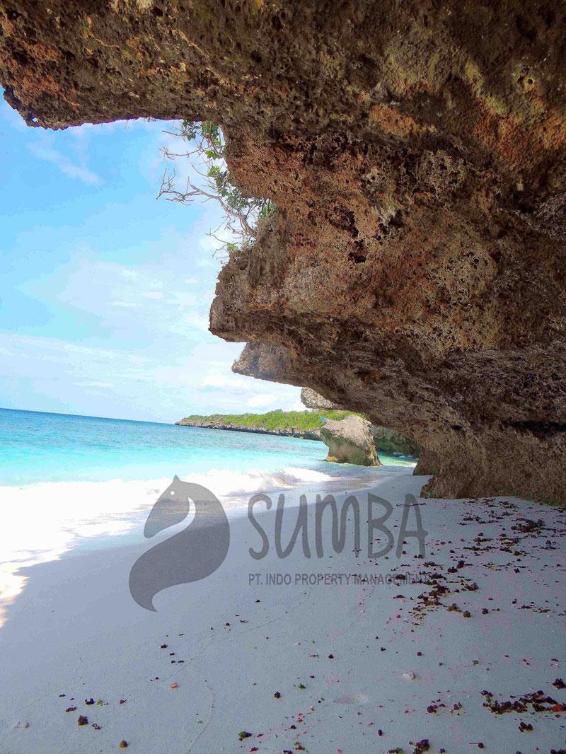 pahono-sumba-beach-front2